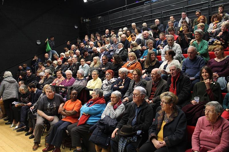 Salle de spectacle La balise à Lorient! Un débat éclairé