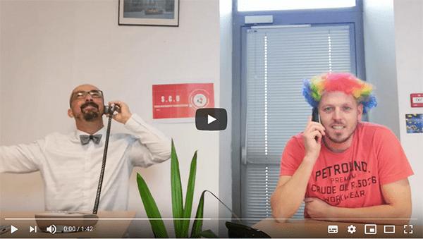 Des vidéos au ton humoristique, pour donner le moral